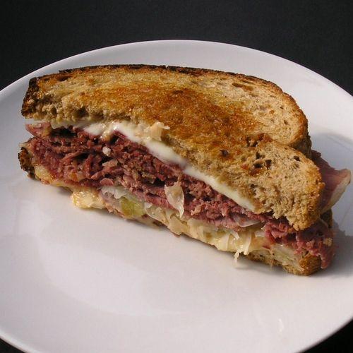 Grilled Reuben Sandwich1