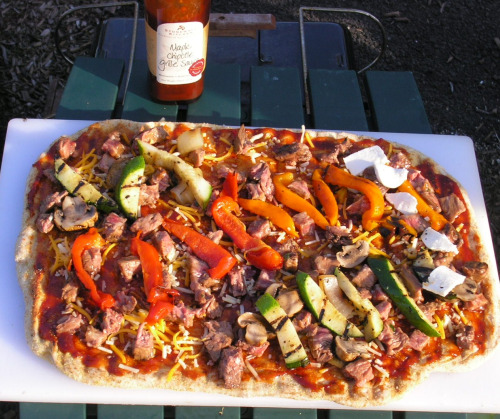 Grilled Pizza with Marinated Flank Steak3