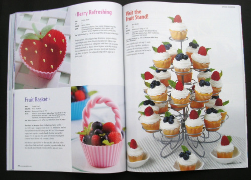 Inside the Cupcake Fun Book1
