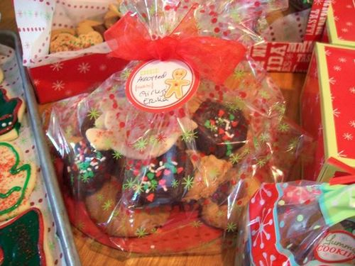 Pretty Christmas Cookie Packages