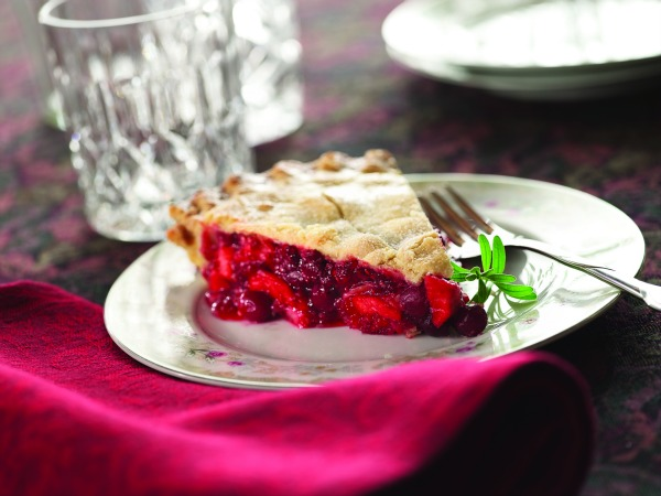 Best Thanksgiving Apple Pie Recipes - Apple Cranberry Raspberry Pie image