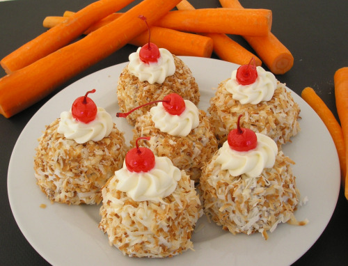 Cute Carrot Cupcakes Recipe image