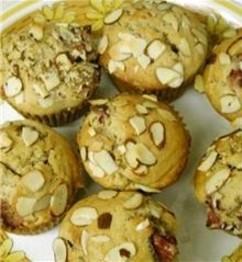 Strawberry_muffins